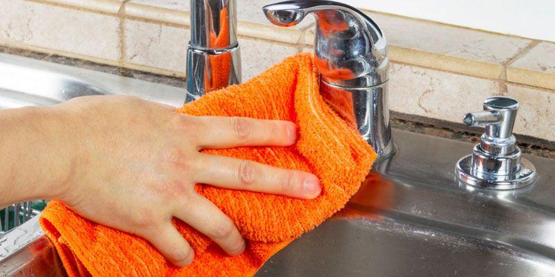 putzlappen reinigen einfach erkl rt mit hilfreichen tipps haushalt haushaltsfee haushalt
