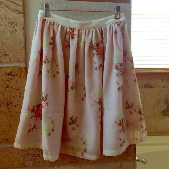 Piperlime Collection Skirt (Size XS) Brand new! Never worn skirt from Piperlime Collection. Pretty peachy pink fabric with a floral pattern. Off white waistband with back zip and hook and eye closure. Fully lined. Piperlime Skirts