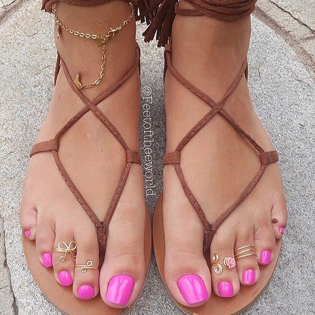 Pin by Hamed on lovely   Pretty toes Shoes women heels ...