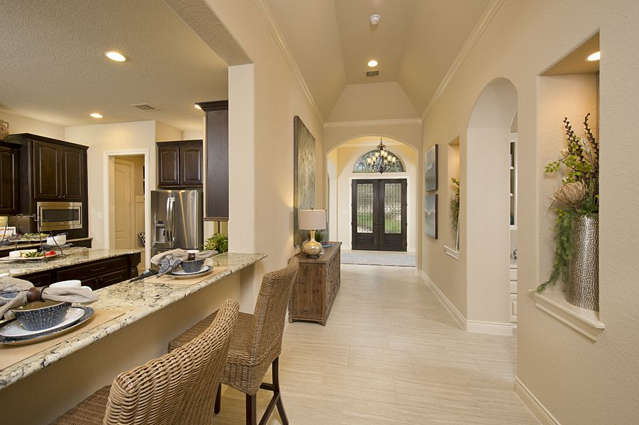 3 924 Sq Ft Model Home Entry New Home Builders Model Homes