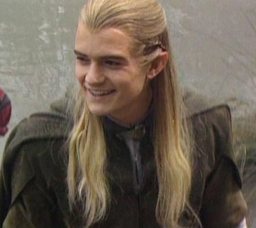 Orlando Bloom as Legolas. I...LOVE...HIS...SMILE!!! :D ...