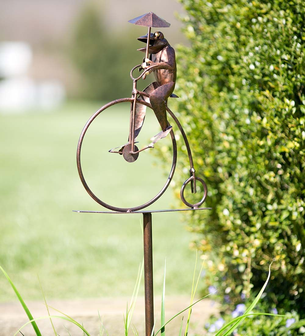 Cycling Frog Metal Lawn Art | Decorative Garden Accents | Animal ...