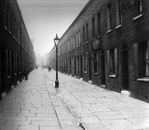 Lynedoch-Street in 1921-demolished 1938 hoxtonmemories