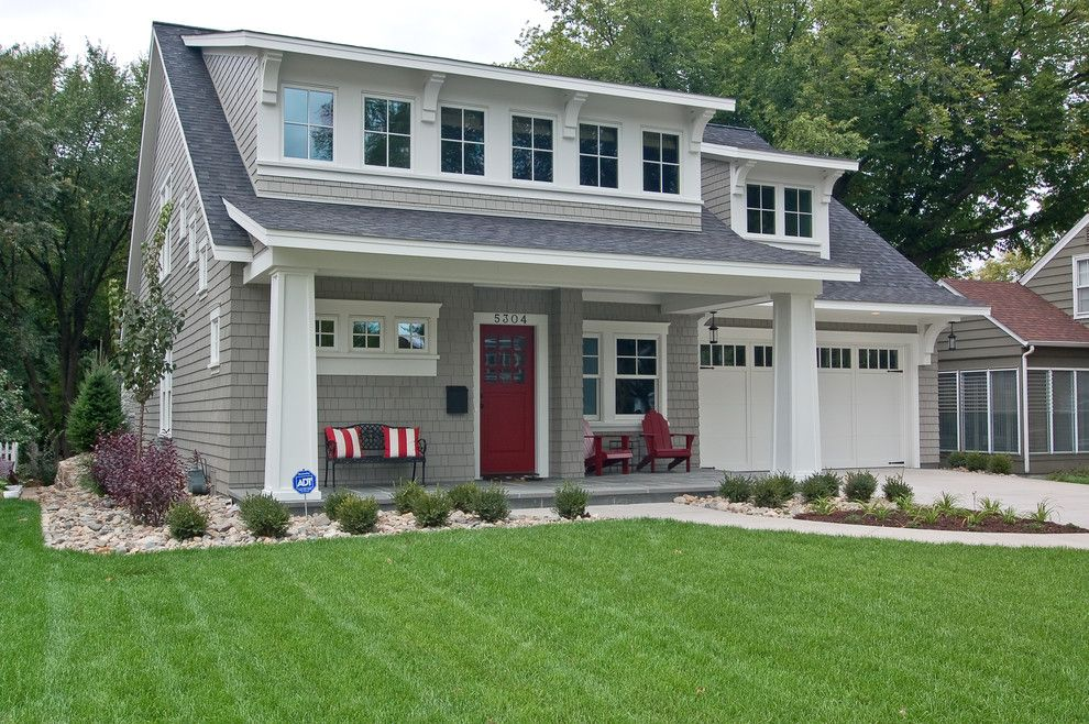 gray house red door home exteriors pinterest grey houses doors and gray. Black Bedroom Furniture Sets. Home Design Ideas