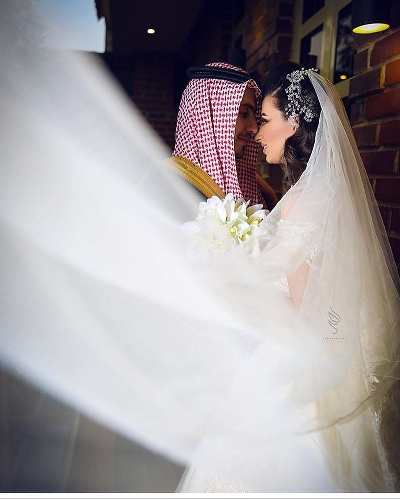 405 Likes 11 Comments العروس Bride 1111 On Instagram حساب المصوره Lamagrapher Lamagrap Bridal Party Makeup Wedding Photos Wedding Bride