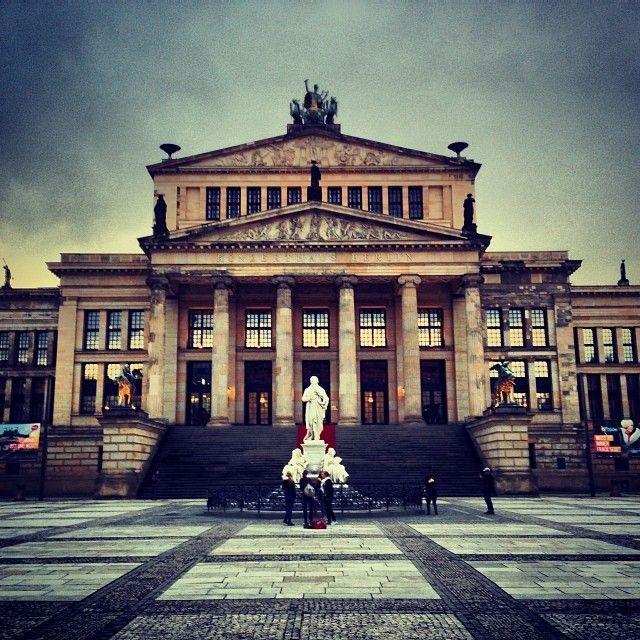 Gendarmenmarkt Gendarmenmarkt Berlin Places To Travel Beautiful Places To Visit Berlin