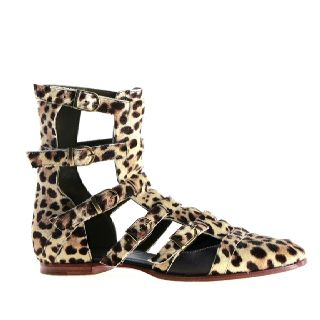 """""""Raquel"""" shoes from www.ingasavits.com. You might find some on www.femininrascal.col"""