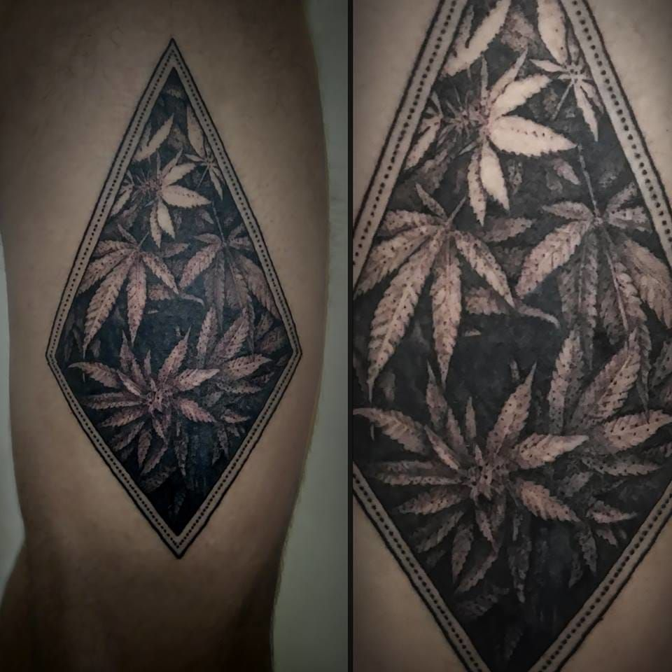 Relaxing dotwork by stefano oldrini swed pinterest for Best weed tattoo designs