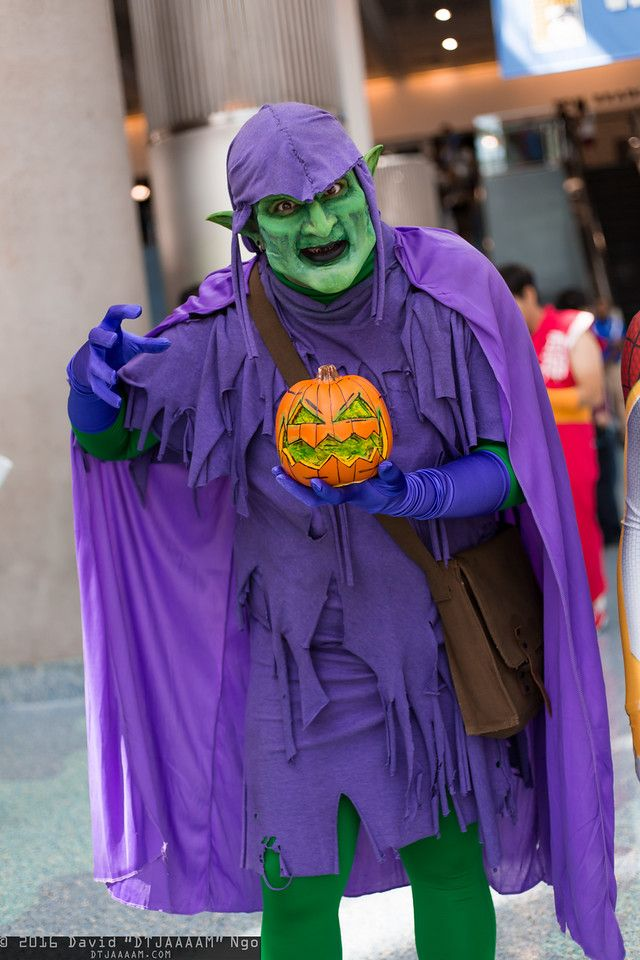 Green Goblin #cosplay & Hobgoblin and wow... just wow. Scarier than Green Goblin from the ...