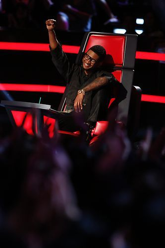 Happy Usher #TheVoice