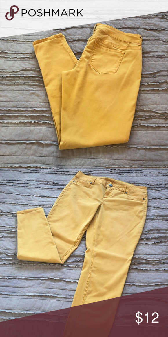 a971f9fbd40 Maurice s Mustard Yellow Jeggings Maurice s Mustard Yellow Jeggings Fits  True to Size (12-14) Maurices Pants