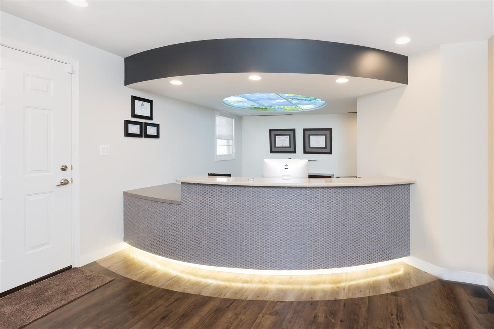 red apple pediatric dental team in 2019 reception desk ideas rh pinterest com