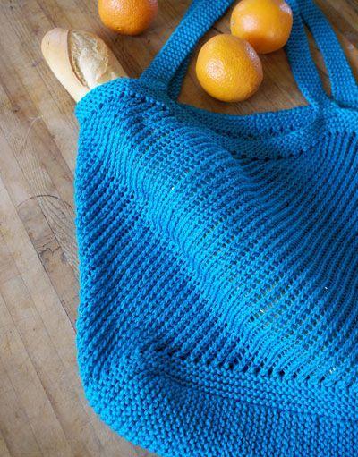 free downloadable pattern - Provence Diagonal Bag.