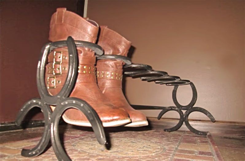 How to Make an Awesome Boot Rack out of Horseshoes is part of Home Accessories Decor Awesome - This video of a welder putting together a horseshoe boot rack is mesmerizing  It's also a genius place to keep your Luccheses!