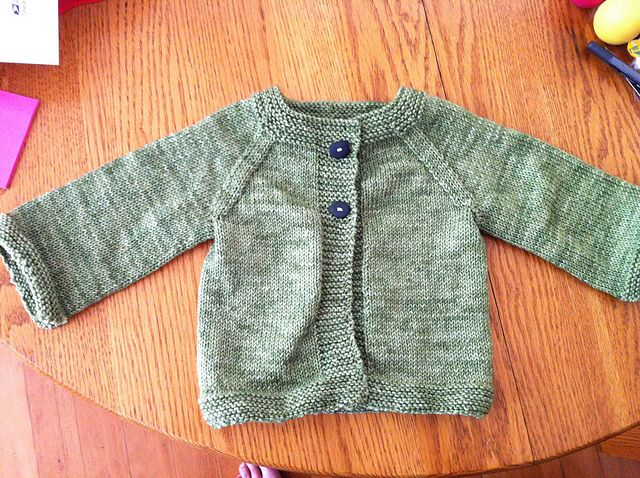 092edd6c5 Ravelry  Raglan Baby Cardigan (Bottom-Up) pattern by The Students of ...