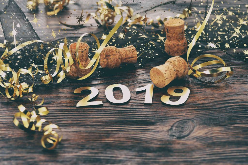 8 Last Minute New Year's Eve Decorations You Can Still Buy on Amazon