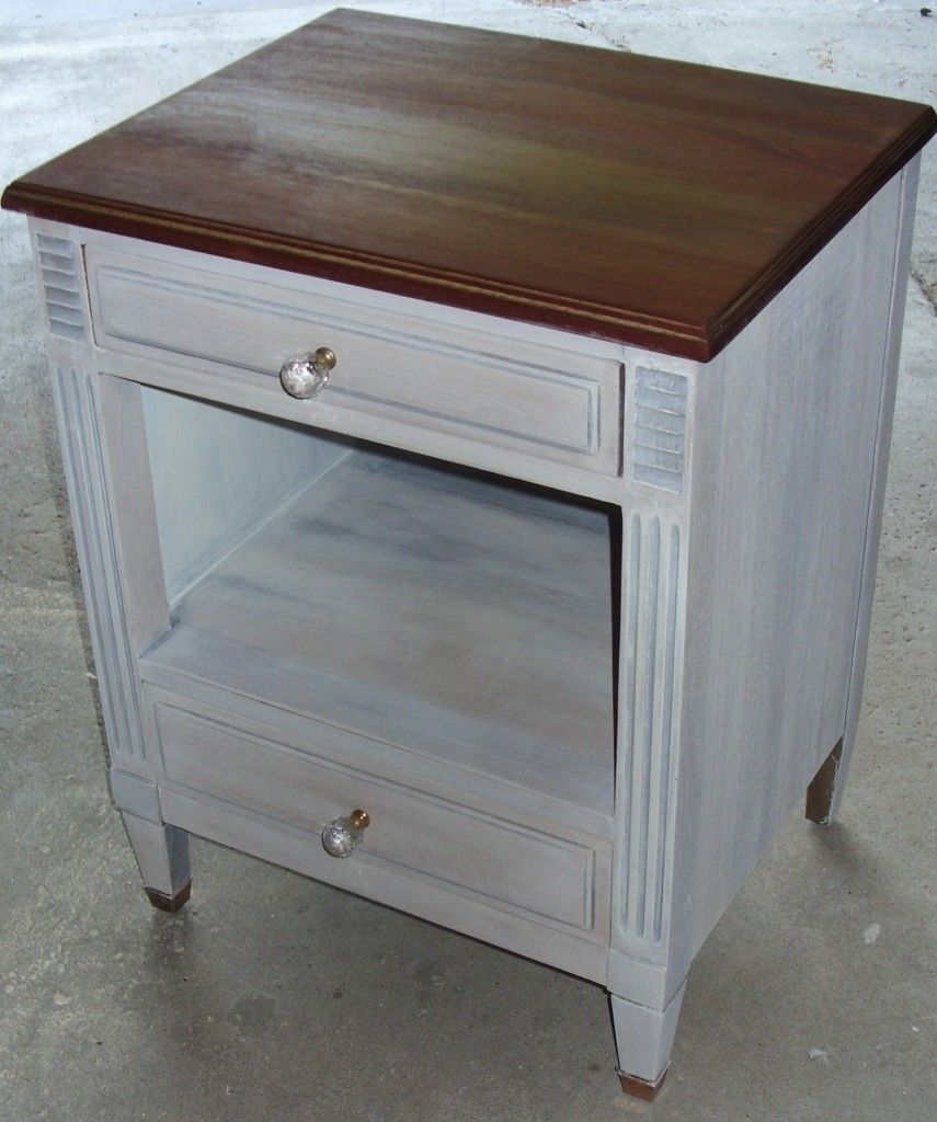 Kling mahagony nightstand with copper feet paid 8 and