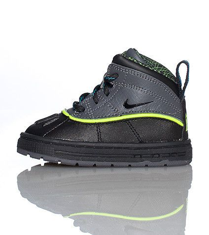 best price exquisite style outlet on sale NIKE High top infant/toddler boot Padded tongue with NIKE ...