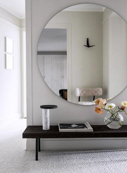 Making A Grand Entrance Modern Apartment Decor Small Apartment Interior Apartment Interior