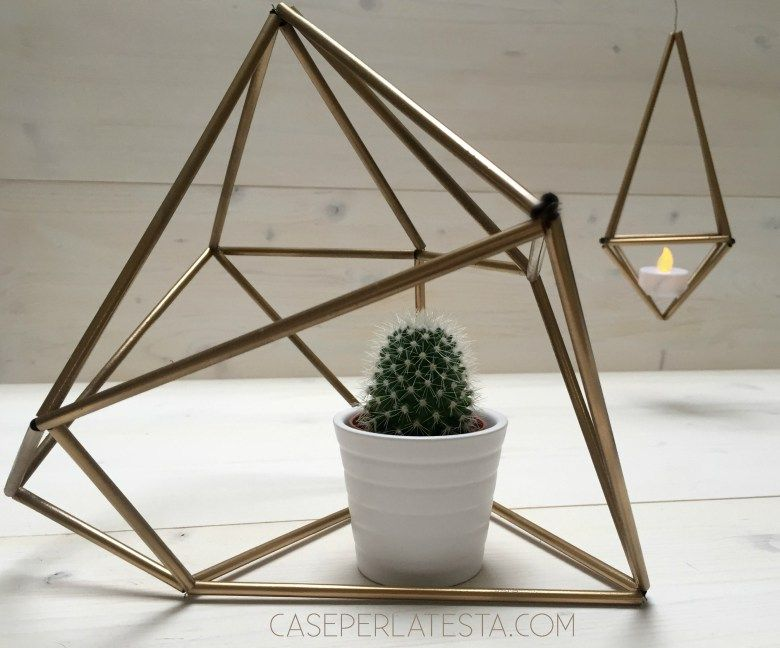 straw spray painted geometric elements: an easy DIY home decor