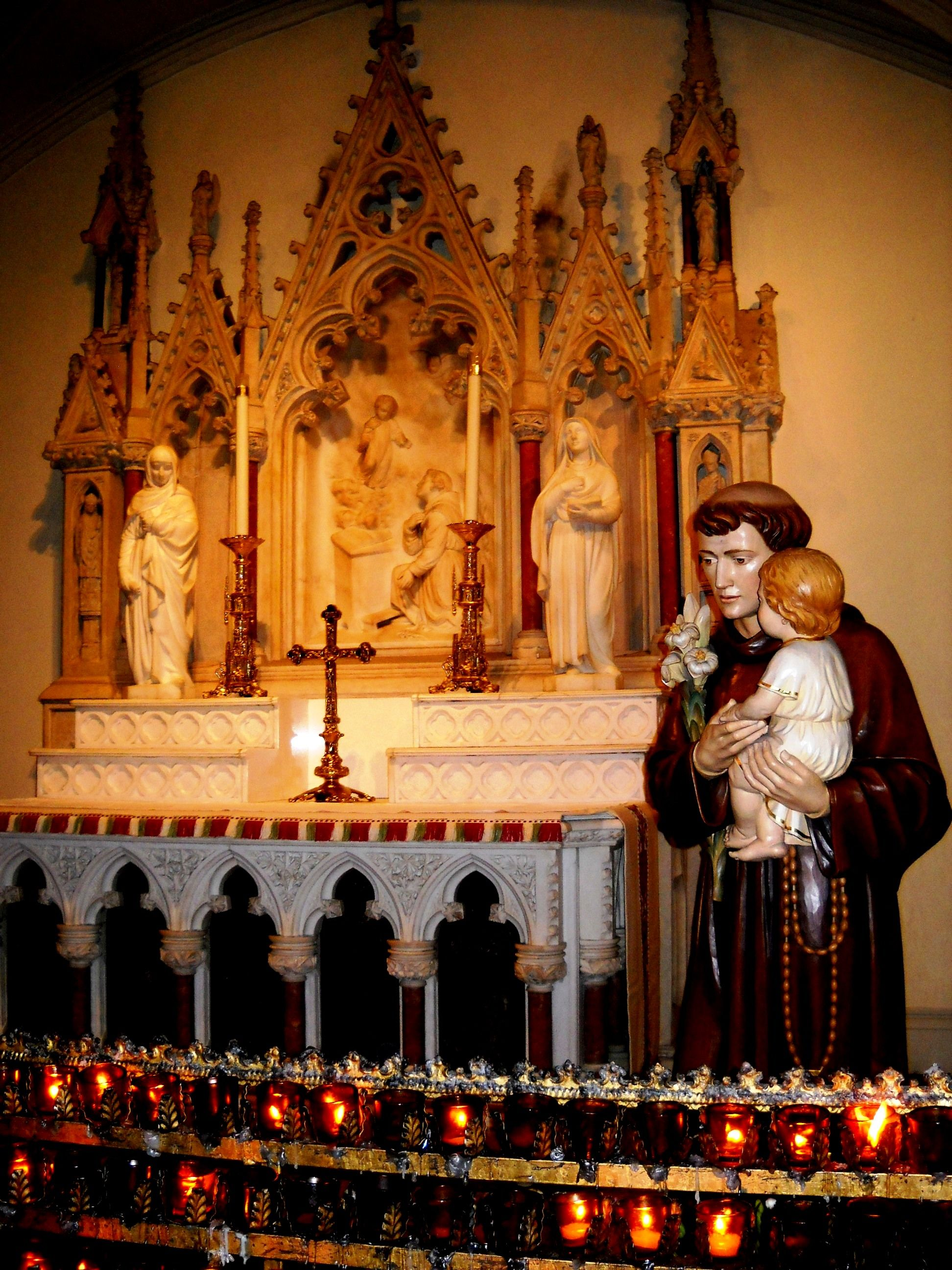 A side Altar at St. Patrick's, 5th Ave. York city, City