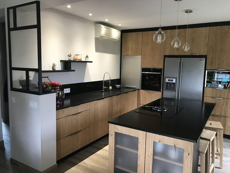 Kitchen In Solid Oak Tripli And Worktop In Black Granite Z Sati