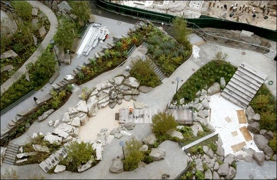 10 Unusual Playgrounds From Around The World Landscape Design Cool Playgrounds Outdoor Gardens