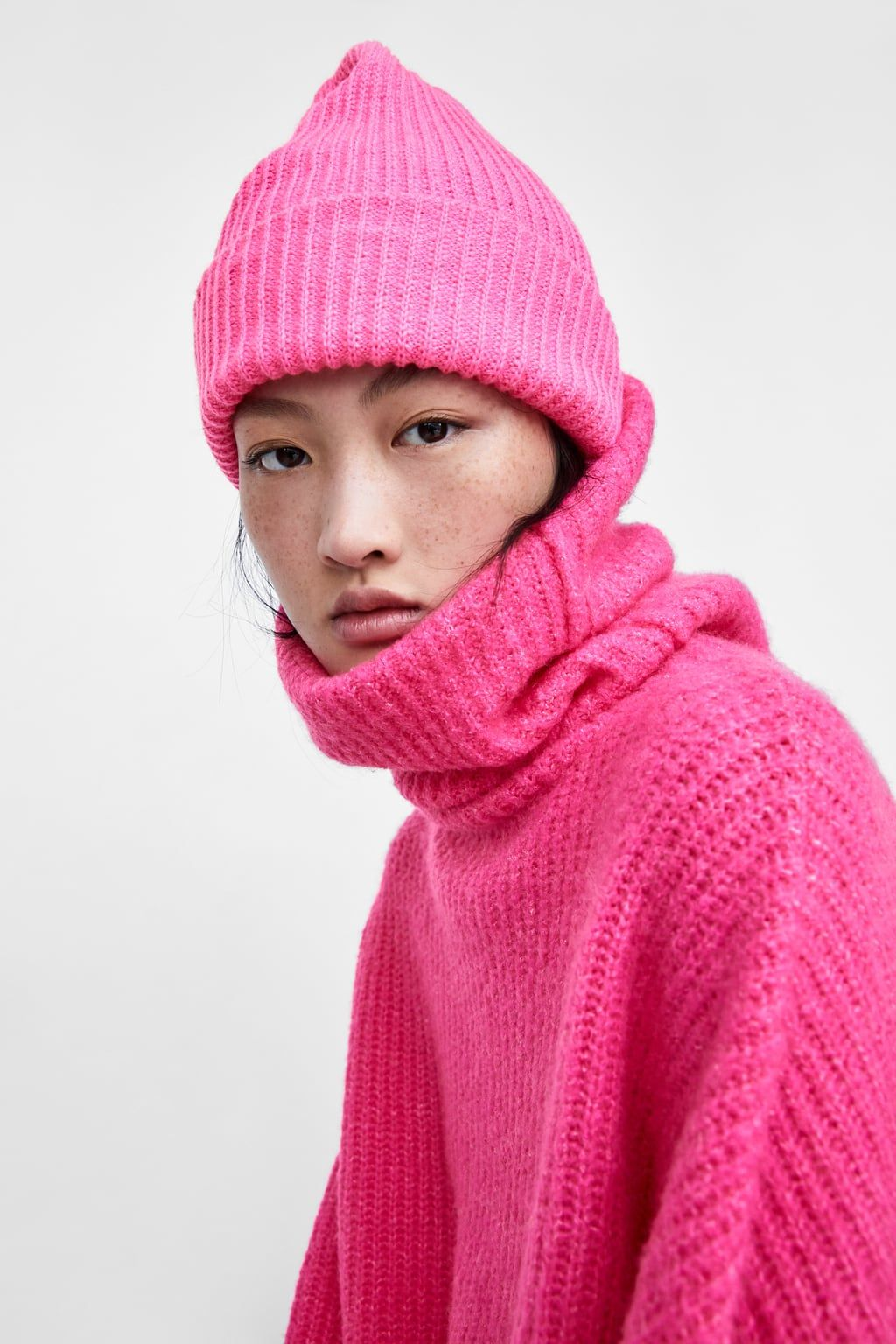 Image 3 Of Basic Knit Beanie From Zara Pink Knit Hat Pink Beanie Outfit Hot Pink Beanie Outfit