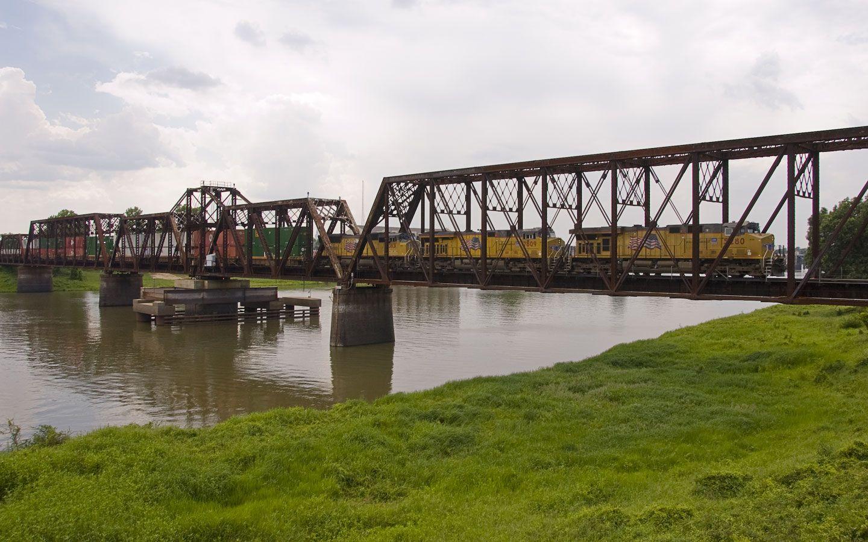 Train Keep Rolling On Railroad Bridge West Monroe Louisiana Canals