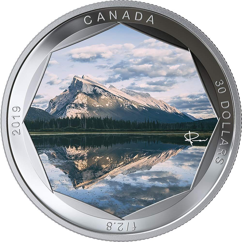1 oz The Polar Bear: Canadian Fauna 99.99/% Pure Silver Coloured Coin 2019