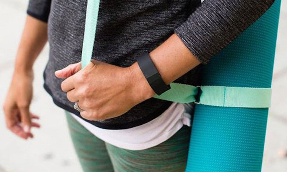 Study Finds That FitBit, Social Networking Helps Women Increase Regular Exercise