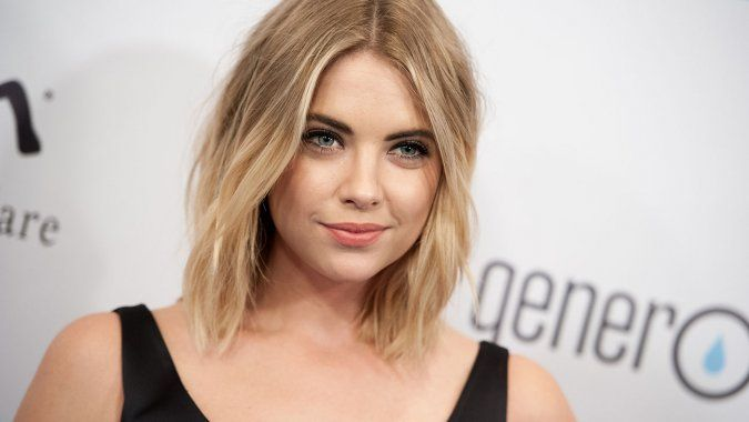 Ashley Benson Height And Weight Stats Pk Baseline How Celebs