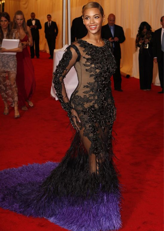 beyonce red carpet ombre dress - The Fashion Blog | Style Buzzing ...