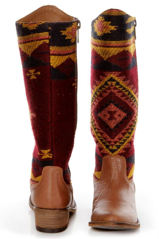 Farb-und Stilberatung mit www.farben-reich.com - Steve Madden Graced Aztec Multi Southwest Print Cowboy Boots - $189.00