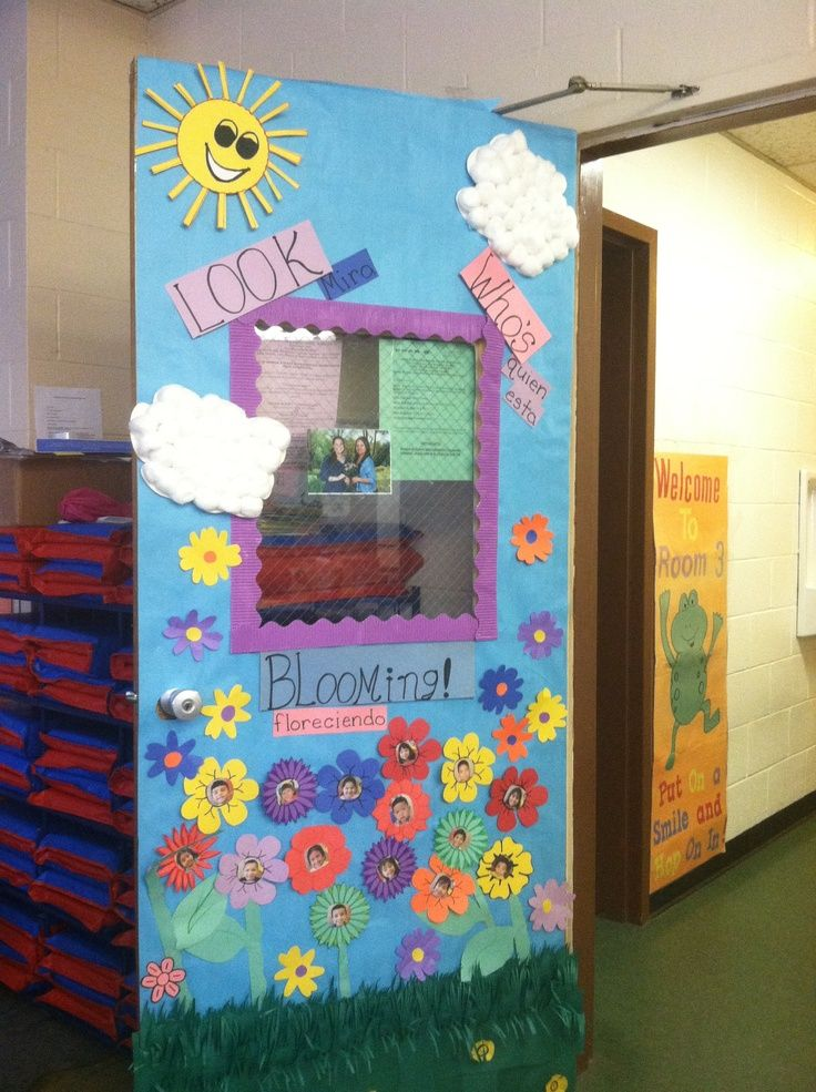 Spring door decorations for daycare via roxanne h for Preschool wall art ideas
