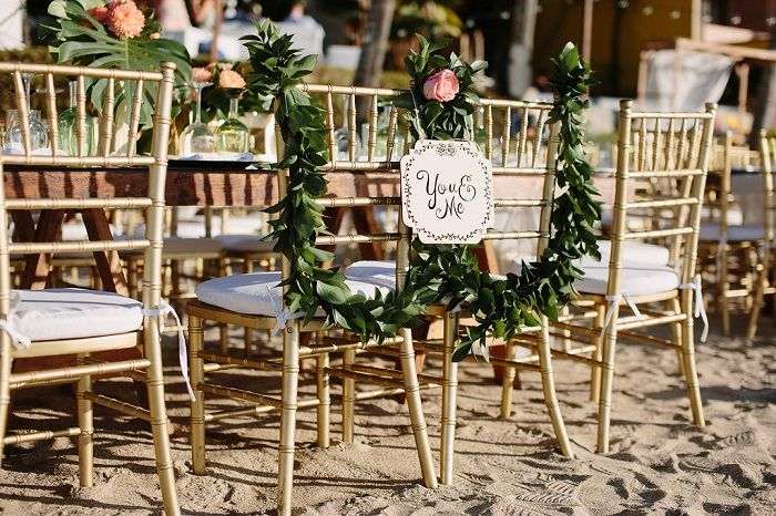 Wedding Reception on The Beach Decorations | Wedding Chairs | Fab Mood #weddingdecor #beachwedding