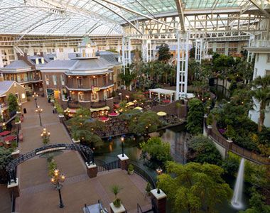 Nashville S Lord Opryland Atrium Is Known As America Largest Non Resort
