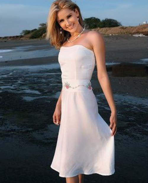 Beach Wedding Dresses A Touch of Casual in a Sacred Day | Beach ...