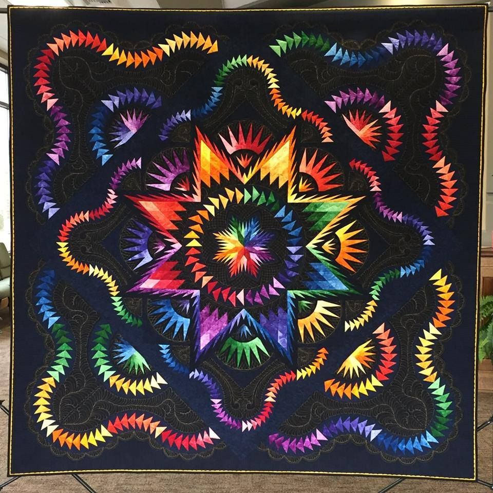 Glacier Star, Quiltworx.com, Made by Gail Bartlett, Quilted by Judy Jody Bowyer