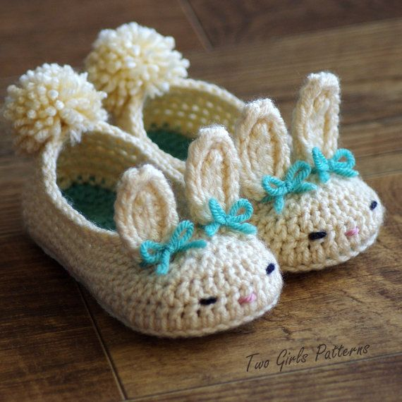 Toddler Bunny Slippers The Classic Bunny Slipper Crochet Pattern - Childrens shoe Sizes 4 - 9 - Number 214 Instant Download kc550 #eastercrochetpatterns