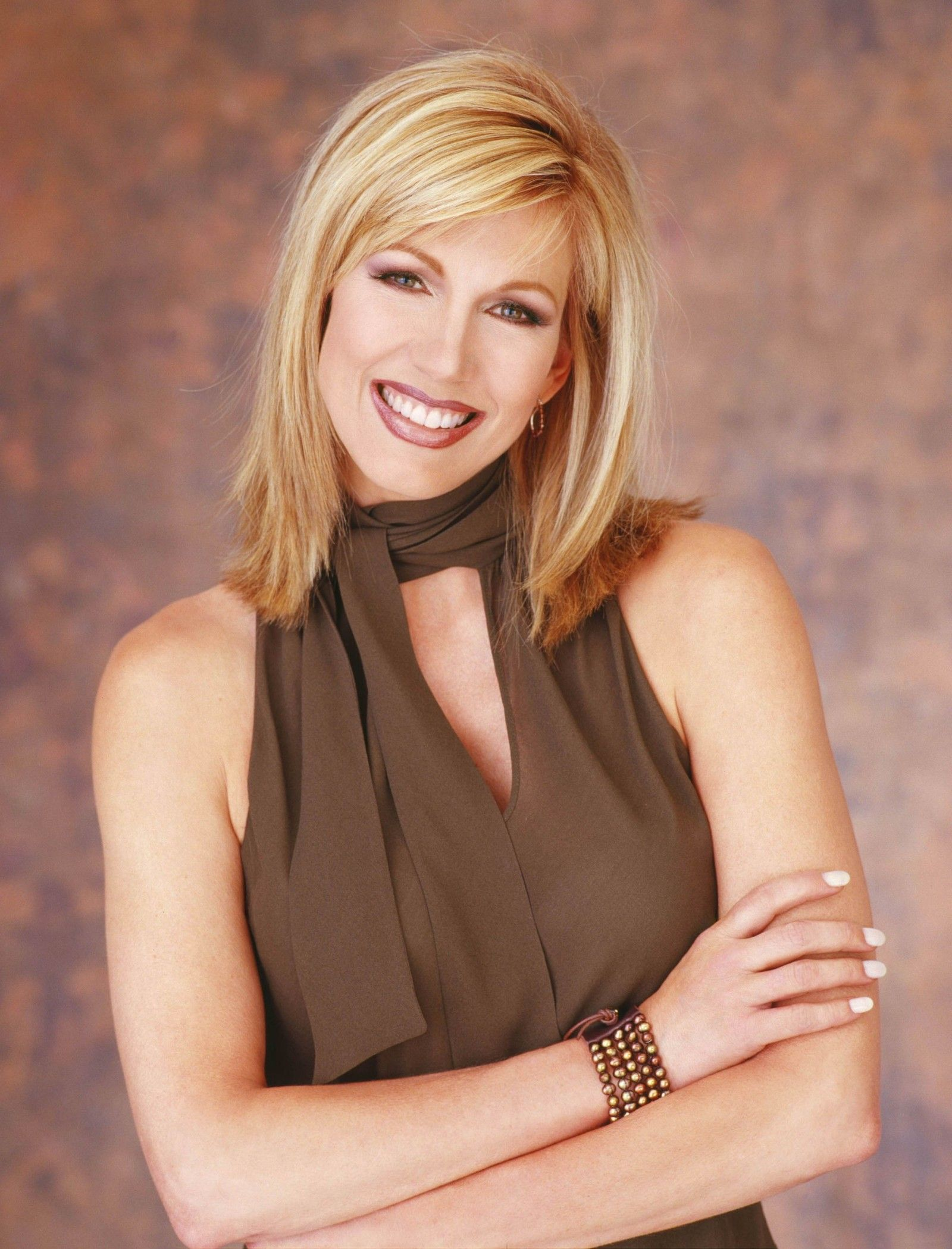 Leeza Gibbons Celebrity Photos Pinterest Hair Cuts Hair Style