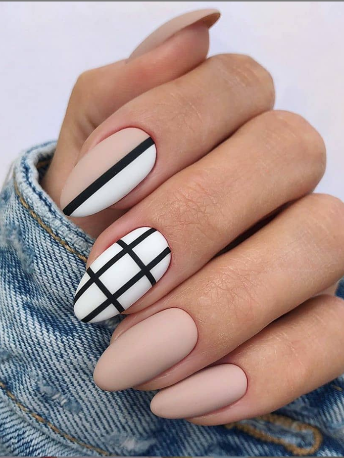 53 Perfect Natural Short Almond Nails And Design For Fall Nails Almond Design Fall In 2020 Classy Acrylic Nails Fall Nail Art Designs Almond Acrylic Nails