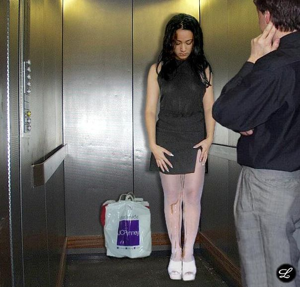 Видео девченки ссут в штанах