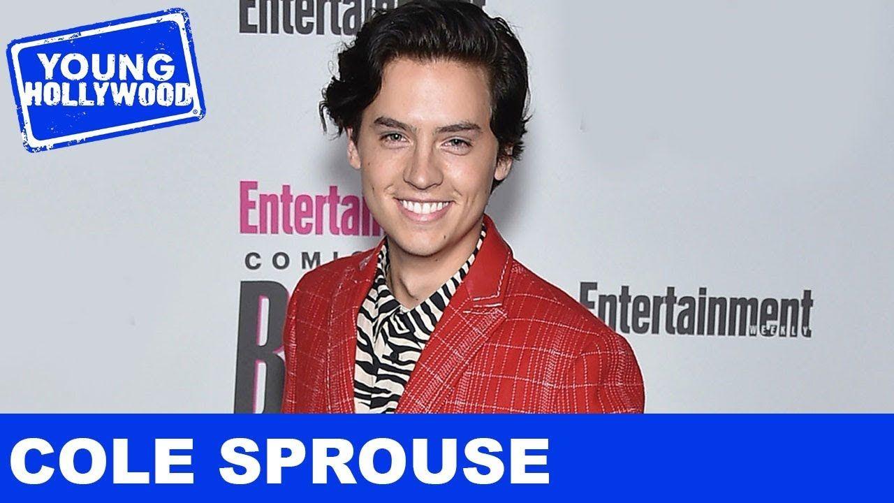 Riverdale S Cole Sprouse Lucifer S Tom Ellis More Play Never Have I Cole Sprouse Riverdale Cole Sprouse Cole Sprouse Shirtless