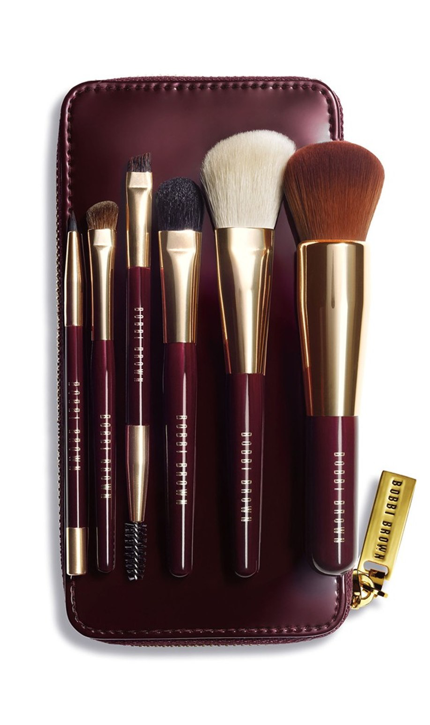 The Daily Hunt Katie Considers Travel Brushes Best Makeup Products Flawless Makeup Application