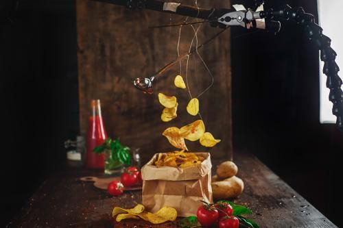 Moda: #Tutorial: How To Make Food Levitate In Your Still Life Photos (link: http://ift.tt/2eteEvr )