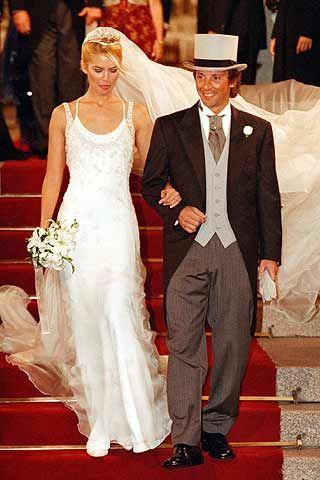 valeria mazza en su boda con alejandro gravier. lució un diseño de