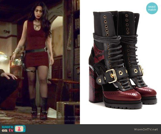 88e0adbda0 Isabelle s buckle boots on Shadowhunters. Outfit Details  https   wornontv .net