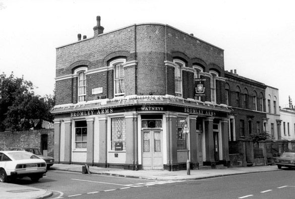 Bromley Arms Pub, Fairfield Road, Bow, 1981
