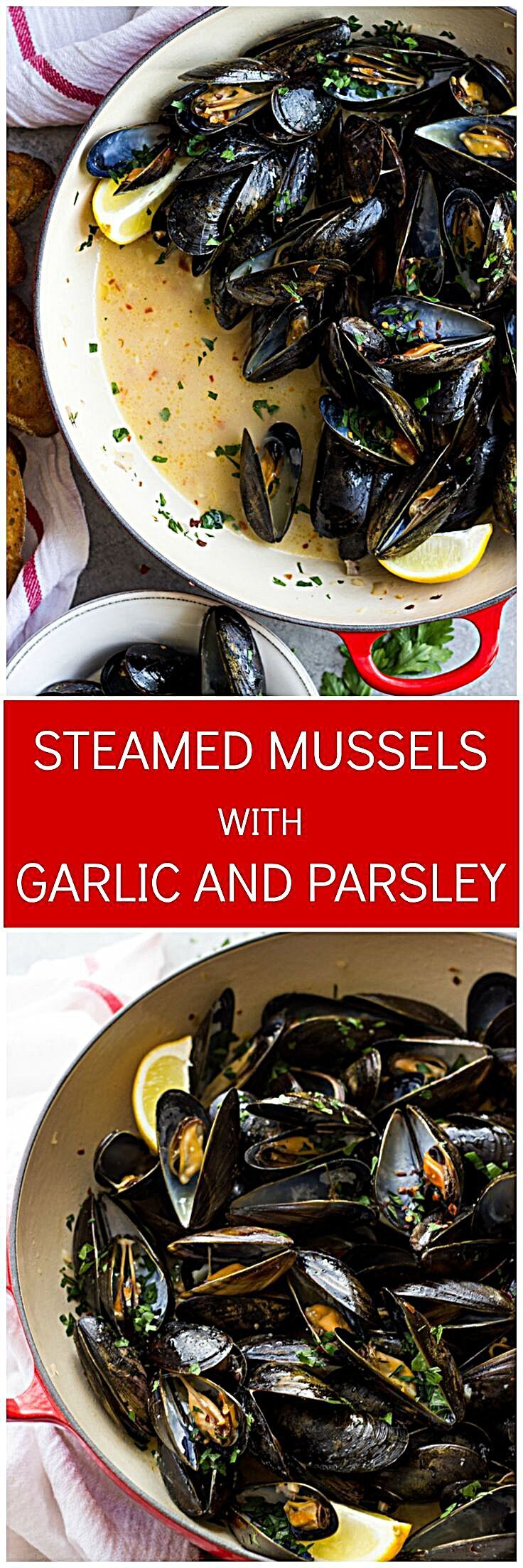 Steamed Mussels With Garlic And Parsley In 2020 Seafood Recipes Mussels Recipe Seafood Dishes